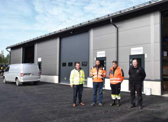 Nigloksen toimittama uusi raskaankaluston konehalli avattiin Porissa